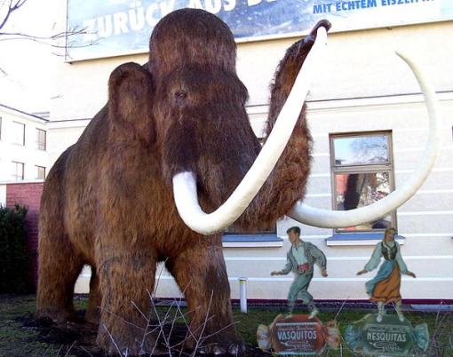 mamut-con-vasquito-y-nesquita