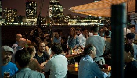 Grand_Banks_Media_Kit_2015_Cocktail_Bar_Night_CREDIT-Liz-Clayman